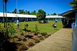 Vapaaehtoistyö koulussa Samoalla